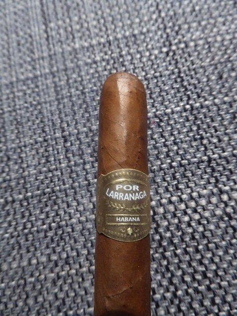 Cuban Cigar Por Larranaga panetela
