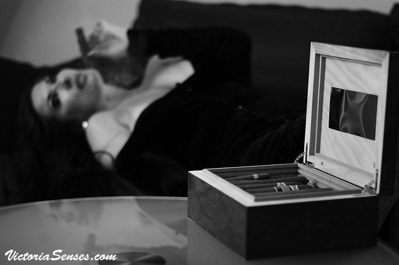 CIGAR REVIEWS Victoria Radugina. Сигарные Дегустации. Виктория Радугина - сигарный эксперт.