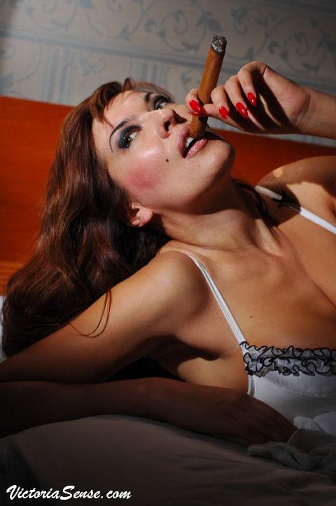 cigar reviews.