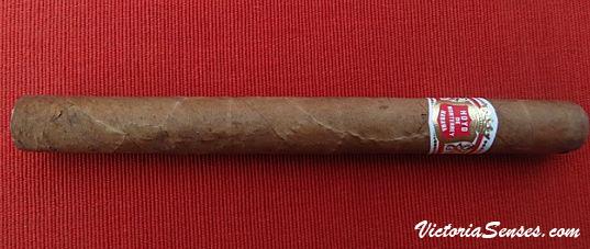 Cigar review Hoyo de Monterrey Churchill - Cigar reviews by Victoria Radugina
