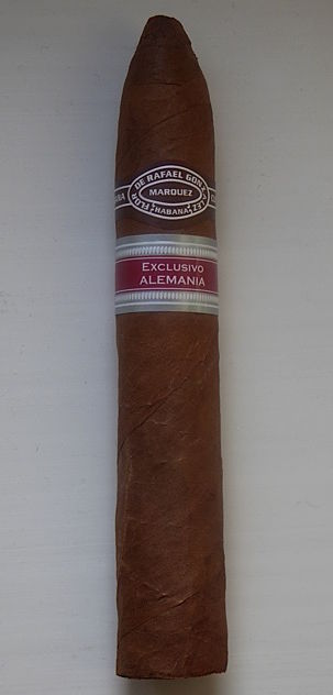 Cigar review Rafael Gonzalez Petit Piramides, favourite marka, ER vitola
