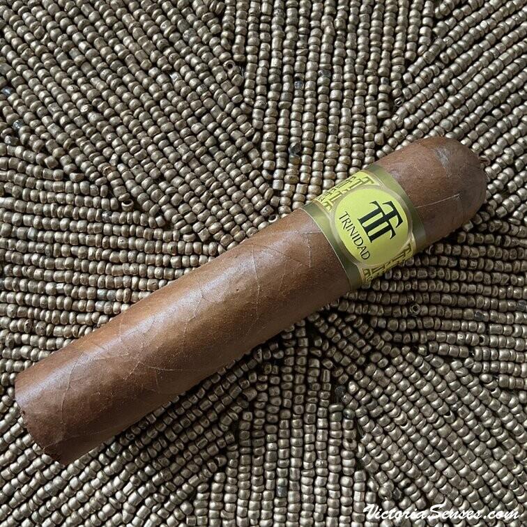 сигары Trinidad Vigia дегустация. Cigar Review Trinidad Vigia - Victoria Radugina.